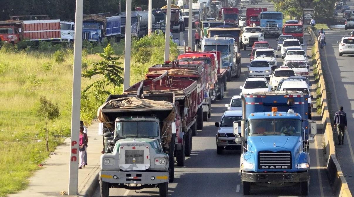 Resultado de imagen para Fenatrado aumentará tarifa del transporte de carga