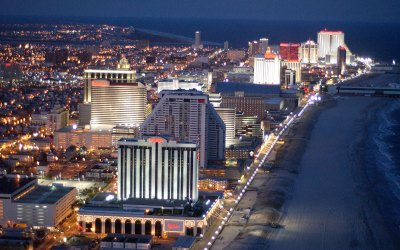 Two Atlantic City clubs serve niche of tourists with a wild side