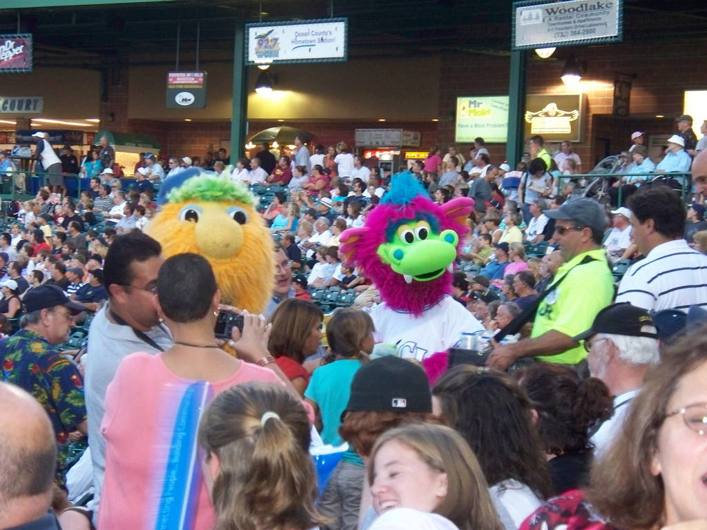 Sparks & Buster working the crowd!