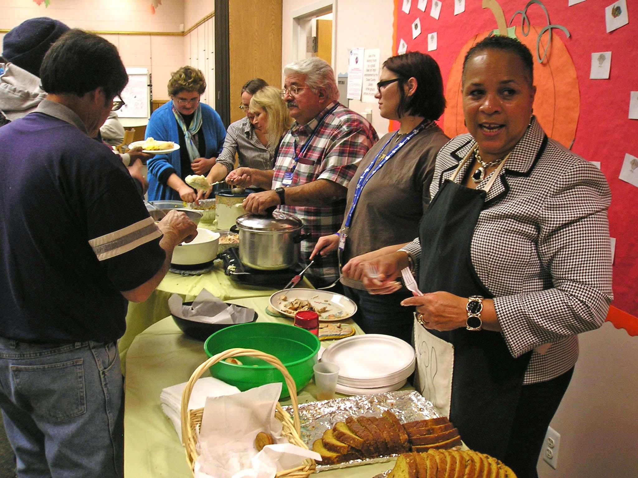 small-Community Thanksgiving Dinner 010