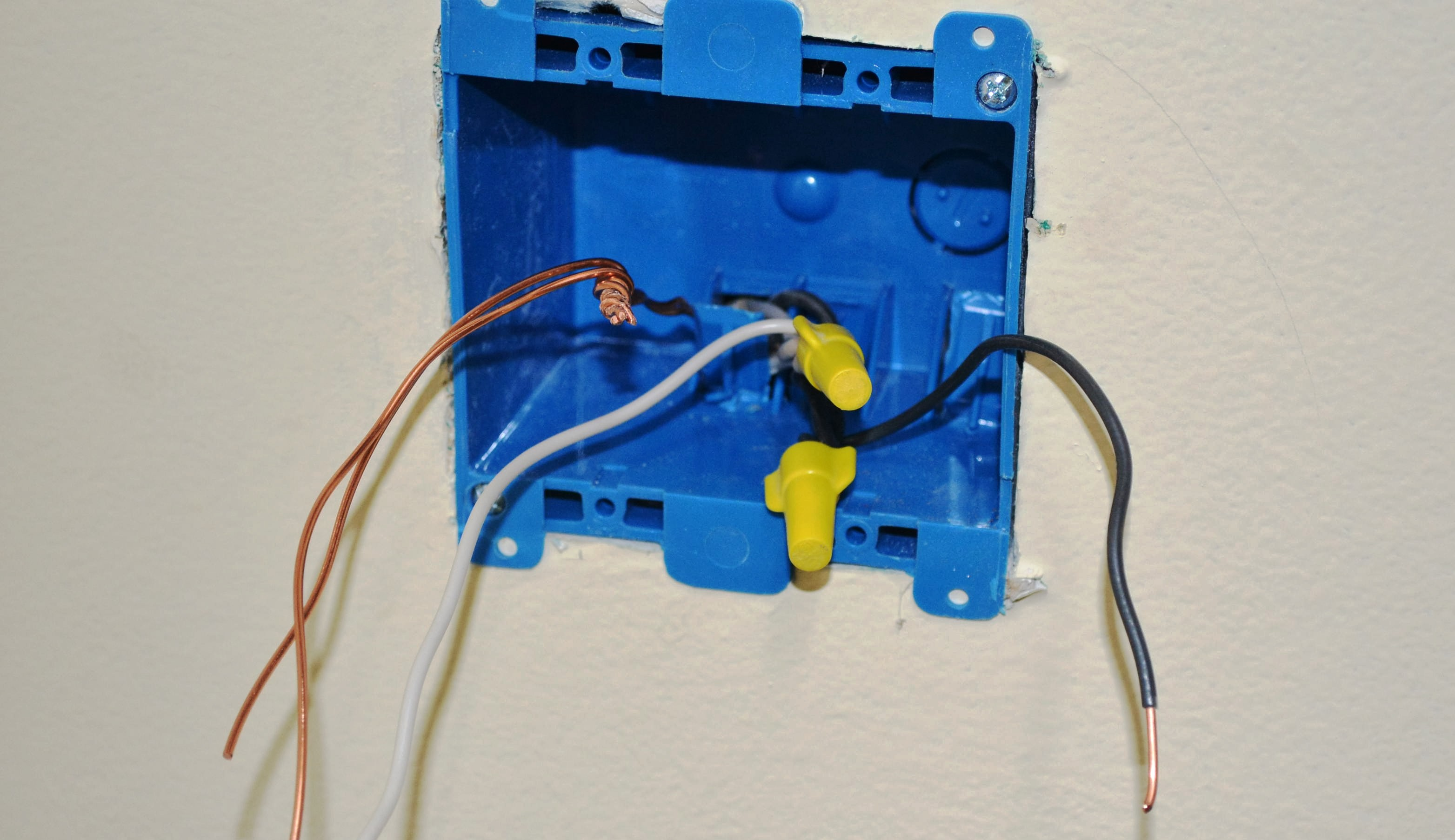 Converting A 2 Socket Outlet To 4 Sockets