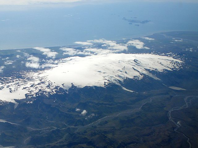 Glaciares y volcanes en actividad
