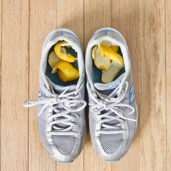 eliminar el mal olor de los zapatos con citricos