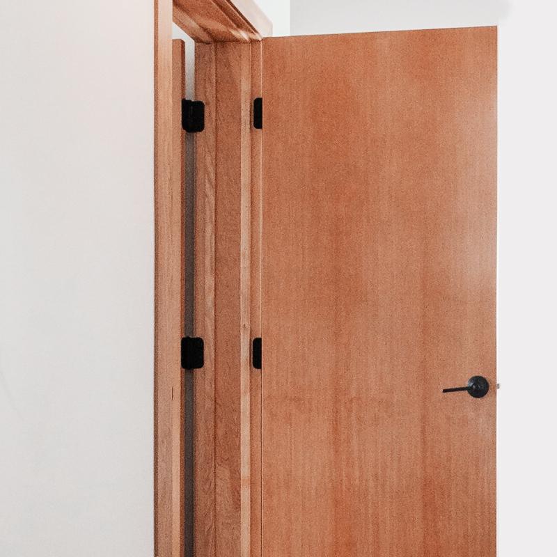 Puertas y Herrajes de Cocina