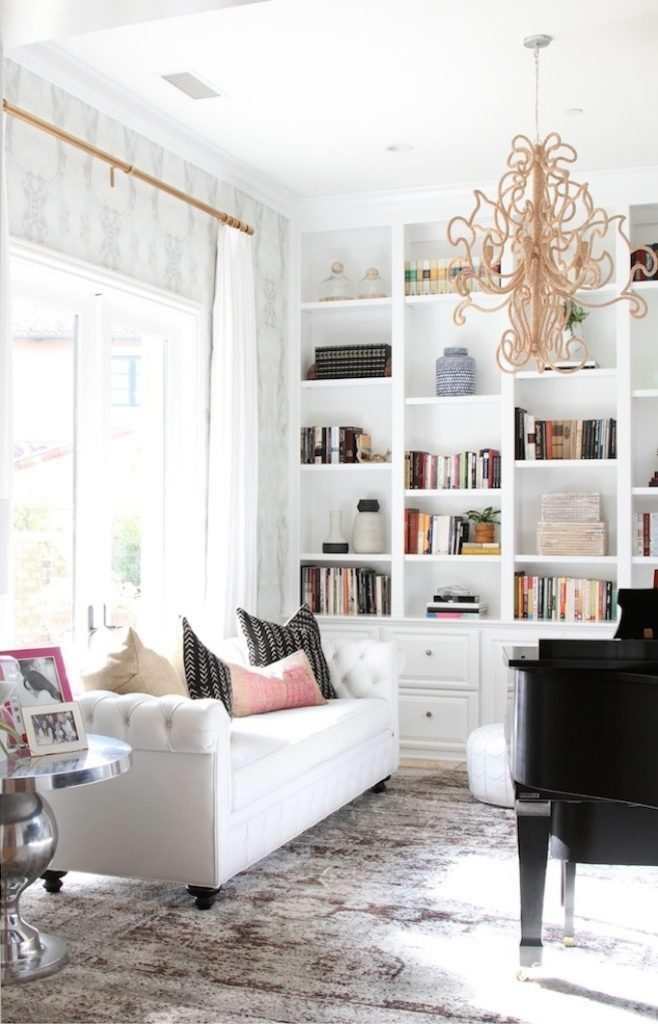 Tips to Styling a bookshelf