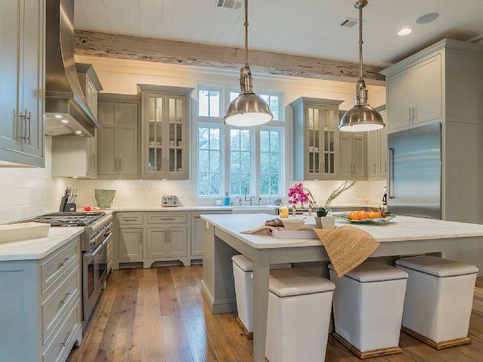 southern beach house kitchen