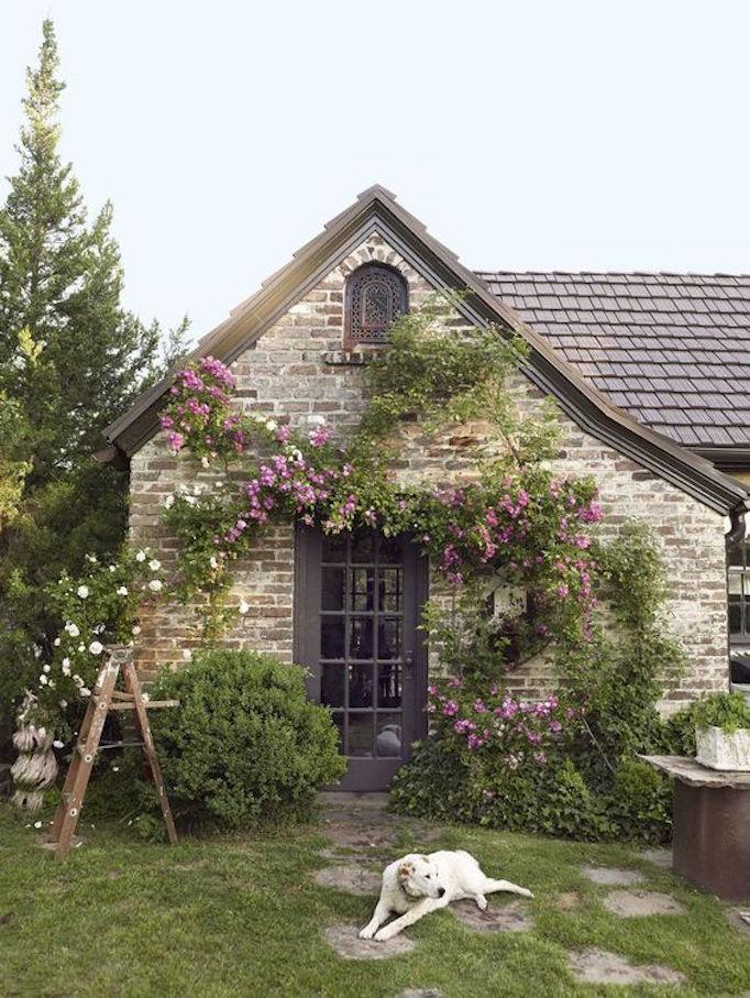 BECKI OWENS Spring Home Exterior 3