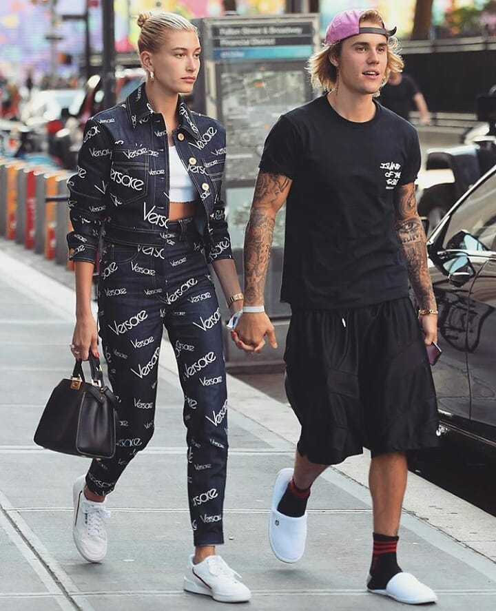 Justin Bieber And Hailey Baldwin Embrace Couple Dressing