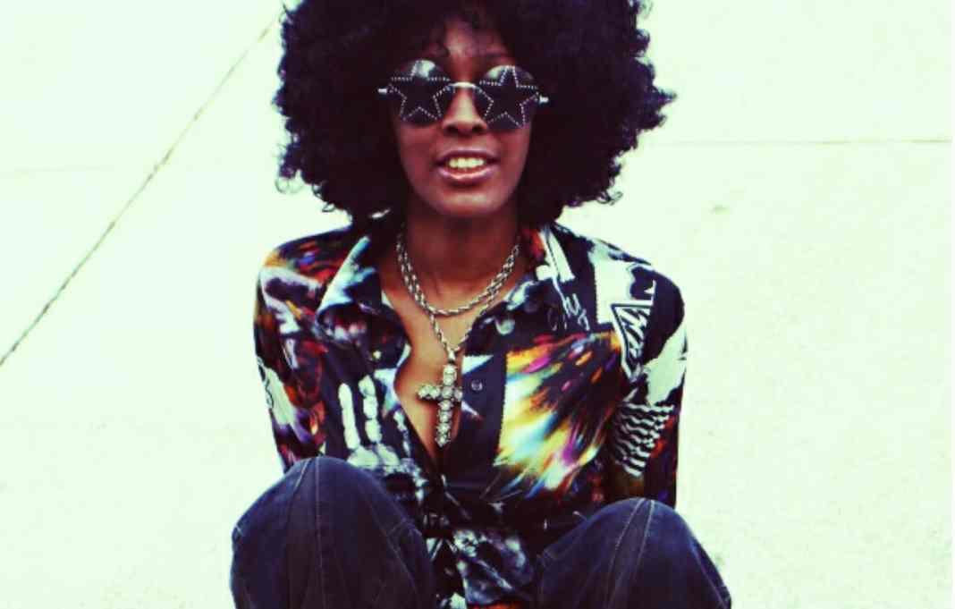 A volta dos anos 70 e as dez tendências da década para a moda em 2016