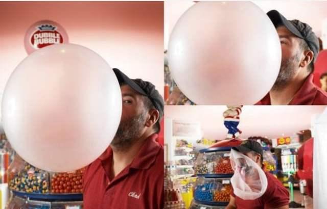 Maior balão feito com chiclete
