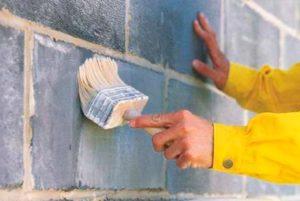 Нужно грунтовать стены перед штукатуркой цементным раствором тиксотропная бетонная смесь emaco s88c