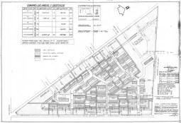 Mesa 1. El proyecto arquitectónico del CCU planteaba la liberación de 56.5% del terreno para espacios de esparcimiento, las viviendas ocuparían 30.5%, los servicios comunes 7%, y el espacio para la circulación automotriz reducido a 6%.