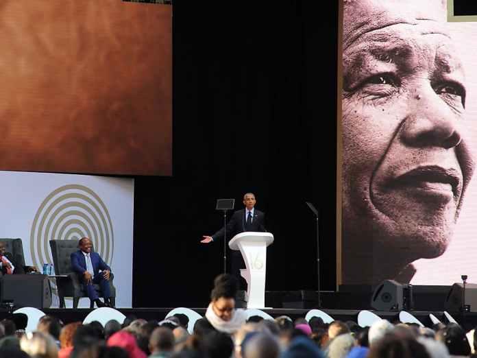 """Résultat de recherche d'images pour """"Barack OBAMA en Afrique du Sud pour rendre un centième hommage à Nelson Mandela"""""""