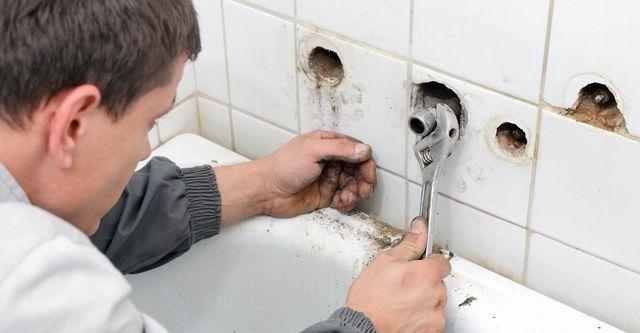 best bathtub reglazing services near me