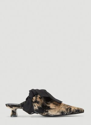 Flat Apartment Velvet Point Toe Mules in Black
