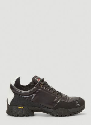 ROA Neal Lace-Up Sneakers in Black