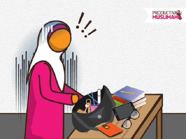 What's In A Productive Muslimah's Handbag? | ProductiveMuslim
