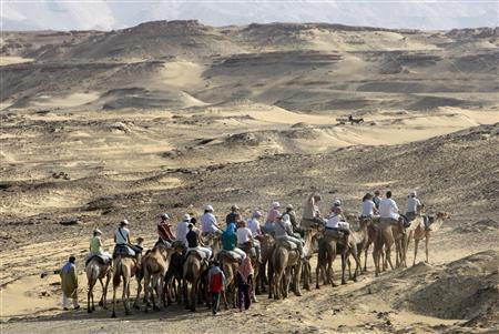 قوات كوماندوز مصرية تنجح في تحرير السياح الاوربيين ومرافقيهم المصريين وتقتل نصف الخاطفين