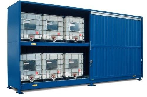Almacenamiento de productos químicos – 12 IBC´s con cubeto de retención