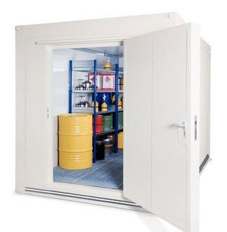 Sala almacén EFP de DENIOS con protección contra incendios