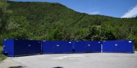 Depósito, almacén, centro de contenedores de residuos