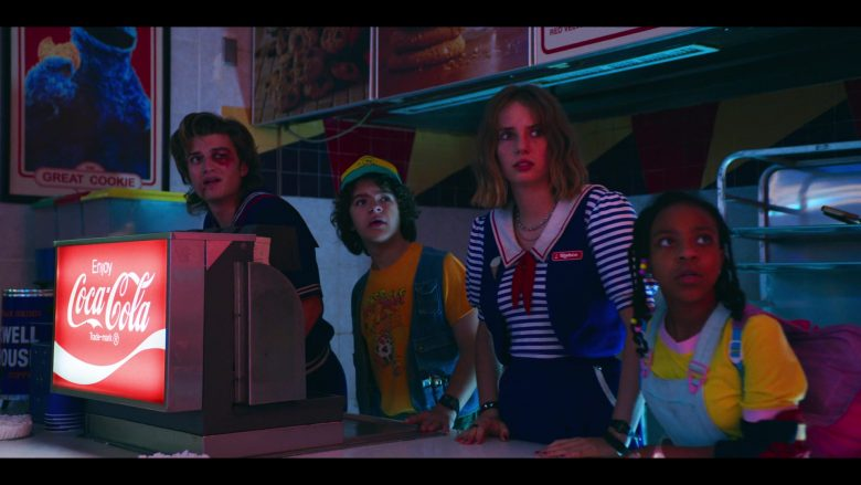 Coca Cola Drinks In Stranger Things Season 3 Episode 7