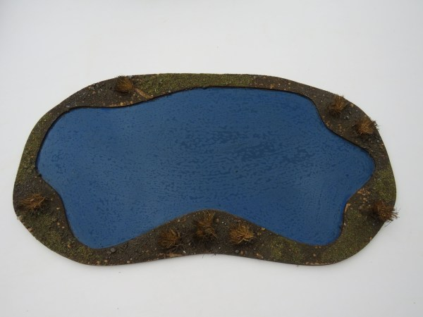 "Medium pond 10""x 6"" blue"
