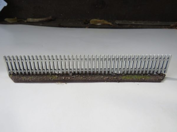 "White Picket Fencing 1"" Hig"