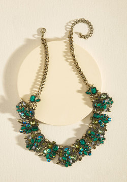 Accessories - Bold Your Head Up Necklace