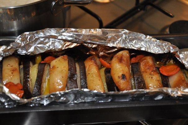 Гармошка из свинины с овощами