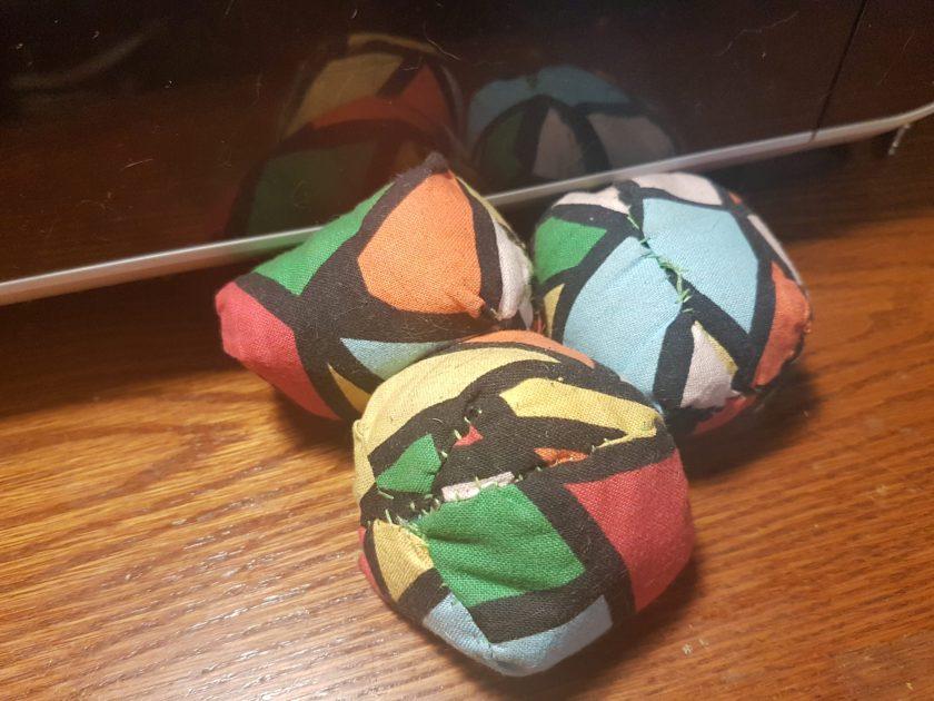 balles de jonglerie, apprendre à jongler prof-alternatif