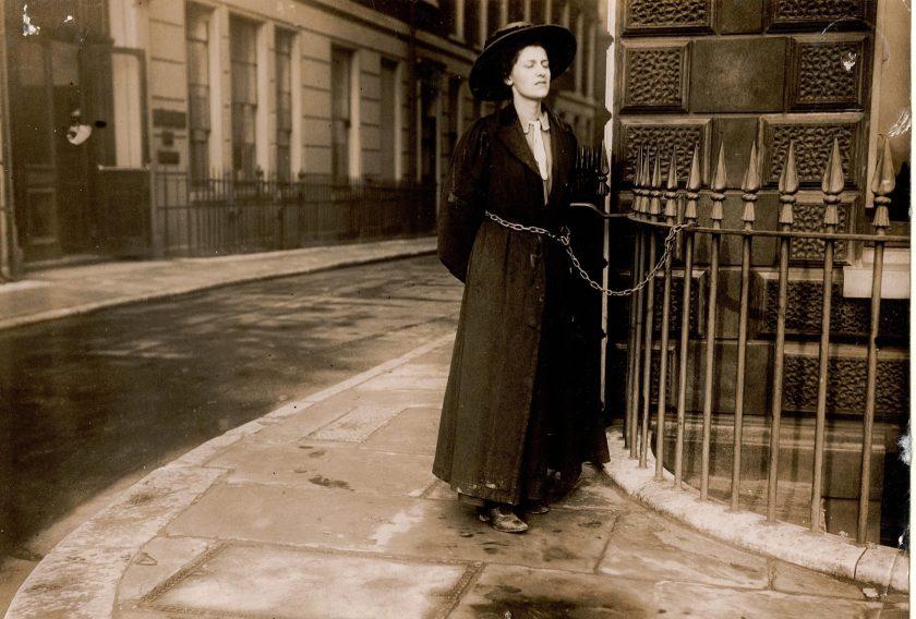 suffragette enchainée, Helen Fox, Muriel Matters.