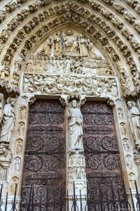 Notre Dame de Paris : le portail du jugement dernier