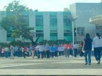 #VIDEO Trabajadores de la UJAT reclaman pago de quincenas y aguinaldo