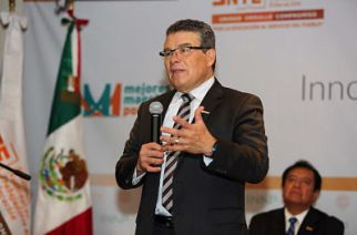 """En elecciones de 2018, el SNTE """"va a sugerir"""" a sus agremiados cuál es la mejor opción:  Díaz de la Torre"""