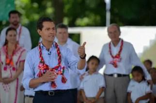 Quien esté en contra de la reforma educativa, está en contra de México: Peña