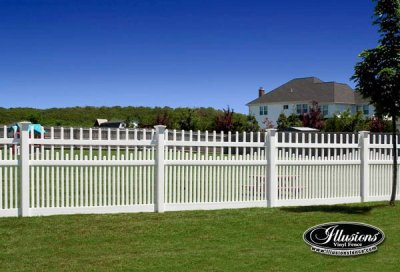 Illusions Vinyl Fence Style V703S. A Classic Victorian picket fence featuring staggered and scalloped pickets.