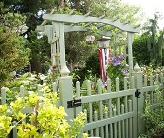 profencesupply.com is an authorized distributor of Grand Illusions color fence and color vinyl deck railing, Illusions fence and vinyl deck railing as well as WoodBond wood grain vinyl fence and vinyl deck railing systems. We ship everwhere in the U.S.A.! Click here to visit the Grand Illusions Color Vinyl Fence page.