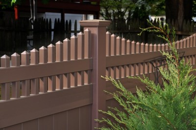 Illusions style V3707 privacy panel with scalloped Victorian picket top in L112 Brownstone. Every Illusions fence style is available in any of the beautiful Grand Illusions colors or wood grain finishes.