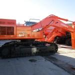 Excavadora de cadenas Hitachi ZX520LCH-3 143