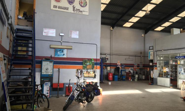 Nave industrial Guadix 72
