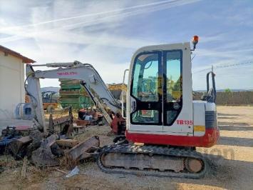 Mini excavadora Takeuchi TB 135 331