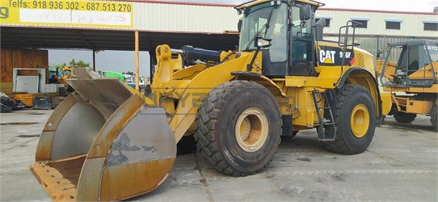 Pala cargadora Caterpillar 966K 165