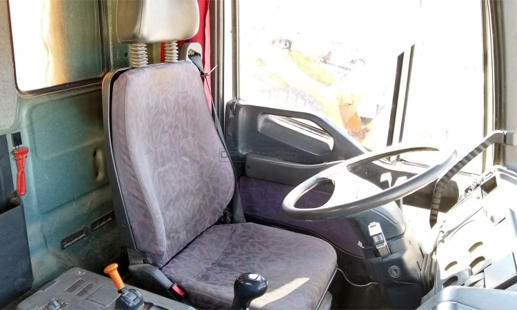 Iveco Eurotrakker 260E35 Profesiolan 425