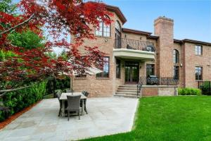 JUSTIN TUCK SELLING HIS NJ HOME