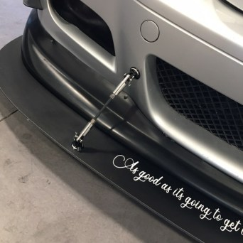BMW with Professional Awesome Racing Splitter Supports 3