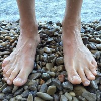 """Agony Aunt: """"My boyfriend's feet are really massive and annoying!"""""""