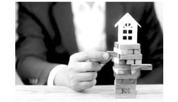"""Conveyancer negligence in failing to advise on """"obvious risks"""" of off-plan  schemes 