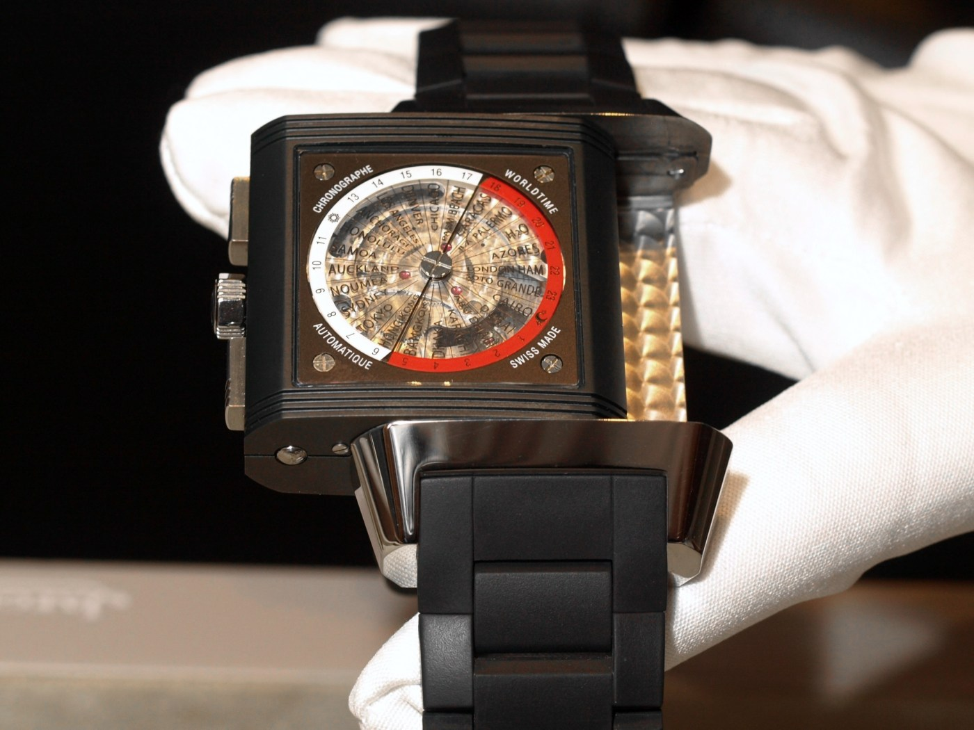 Reverso Squadra Polo Fields World Chronograph