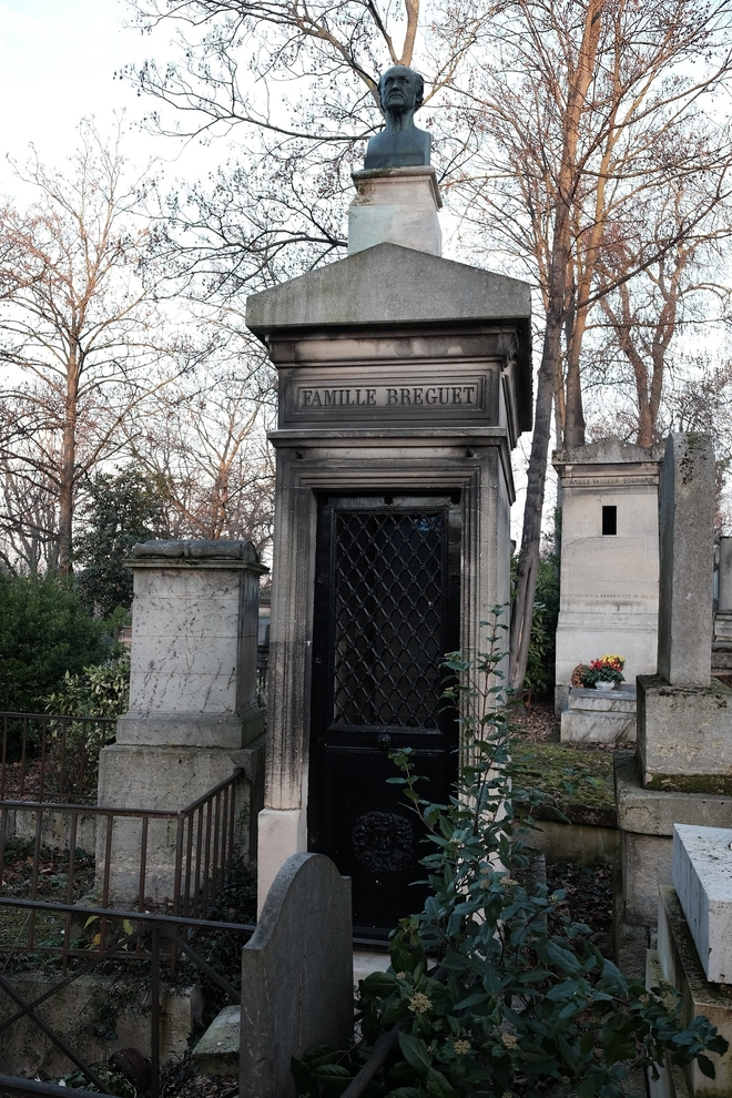 Breguet's gravesite